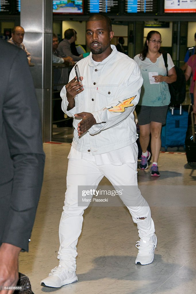 Singer <a gi-track='captionPersonalityLinkClicked' href=/galleries/search?phrase=Kanye+West+-+Musician&family=editorial&specificpeople=201803 ng-click='$event.stopPropagation()'>Kanye West</a> arrives at Charles-de-Gaulle airport on July 1, 2016 in Paris, France.
