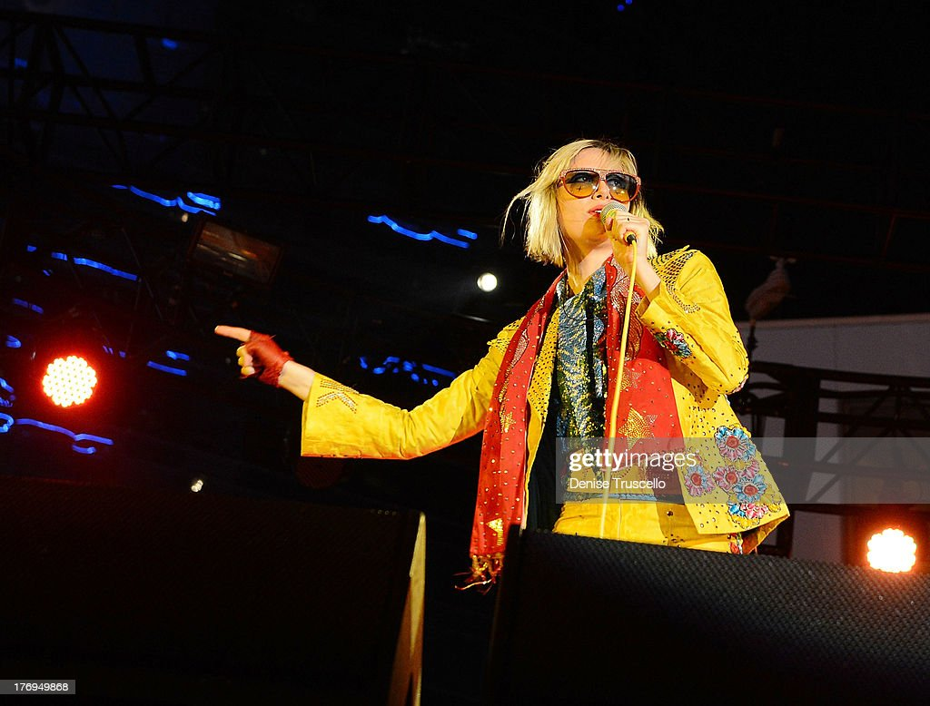 Singer <a gi-track='captionPersonalityLinkClicked' href=/galleries/search?phrase=Karen+O&family=editorial&specificpeople=213098 ng-click='$event.stopPropagation()'>Karen O</a> of the Yeah Yeah Yeahs performs Big Star USA concert at the Boulevard Pool at the Cosmopolitan on August 19, 2013 in Las Vegas, Nevada.