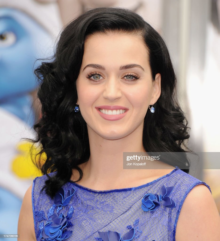 Singer <a gi-track='captionPersonalityLinkClicked' href=/galleries/search?phrase=Katy+Perry&family=editorial&specificpeople=599558 ng-click='$event.stopPropagation()'>Katy Perry</a> arrives at the Los Angeles Premiere 'Smurfs 2' at Regency Village Theatre on July 28, 2013 in Westwood, California.