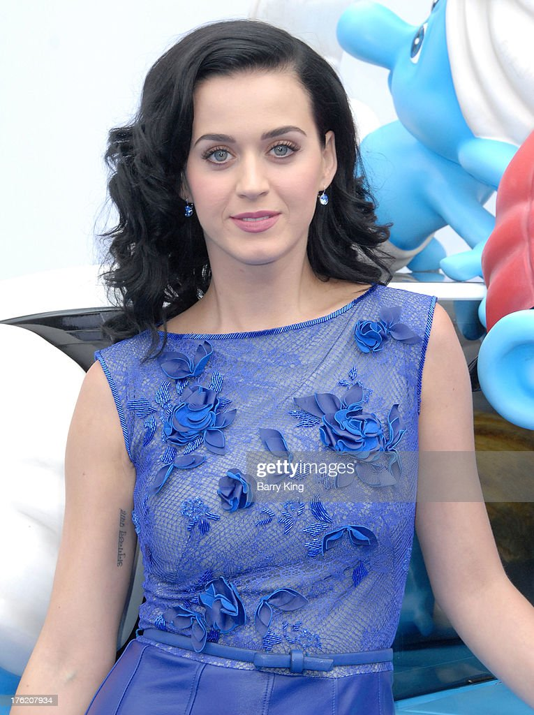 Singer <a gi-track='captionPersonalityLinkClicked' href=/galleries/search?phrase=Katy+Perry&family=editorial&specificpeople=599558 ng-click='$event.stopPropagation()'>Katy Perry</a> arrives at the Los Angeles Premiere 'Smurfs 2' on July 28, 2013 at Regency Village Theatre in Westwood, California.