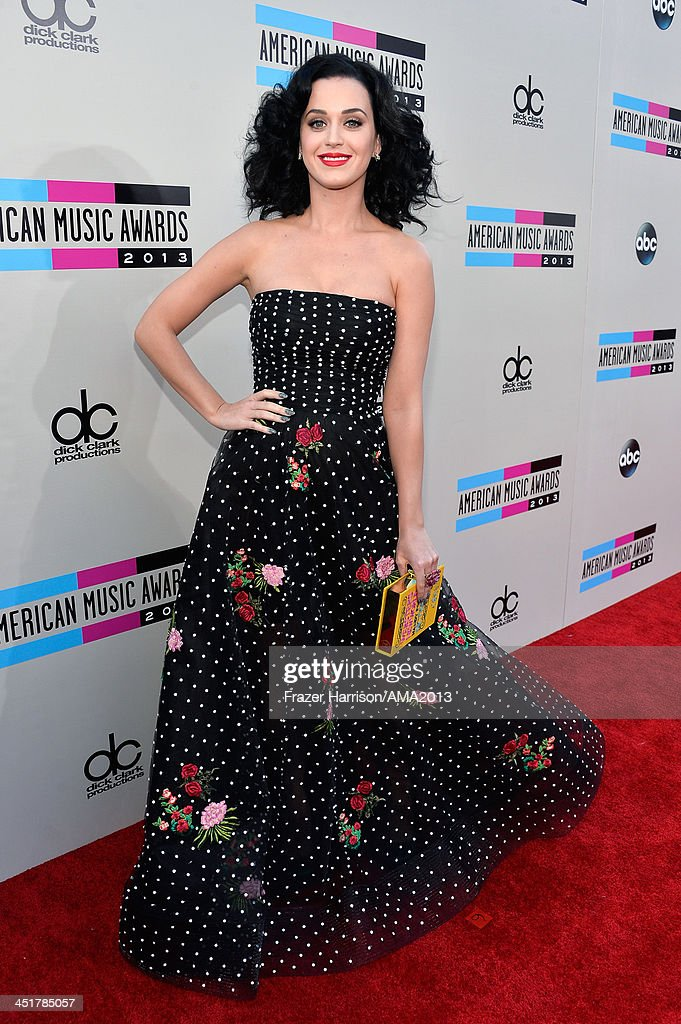 Singer Katy Perry attends 2013 American Music Awards at Nokia Theatre L.A. Live on November 24, 2013 in Los Angeles, California.