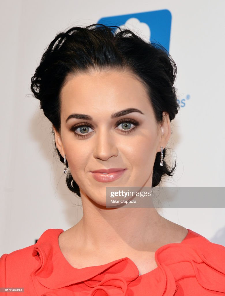 Singer <a gi-track='captionPersonalityLinkClicked' href=/galleries/search?phrase=Katy+Perry&family=editorial&specificpeople=599558 ng-click='$event.stopPropagation()'>Katy Perry</a> attends the 2012 Billboard Women In Music Luncheon at Capitale on November 30, 2012 in New York City.