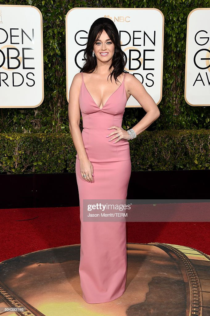 Singer <a gi-track='captionPersonalityLinkClicked' href=/galleries/search?phrase=Katy+Perry&family=editorial&specificpeople=599558 ng-click='$event.stopPropagation()'>Katy Perry</a> attends the 73rd Annual Golden Globe Awards held at the Beverly Hilton Hotel on January 10, 2016 in Beverly Hills, California.