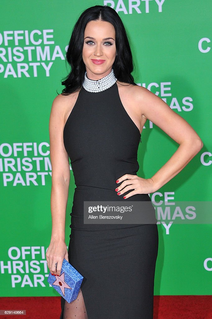 Singer Katy Perry attends the premiere of Paramount Pictures' 'Office Christmas Party' at Regency Village Theatre on December 7, 2016 in Westwood, California.