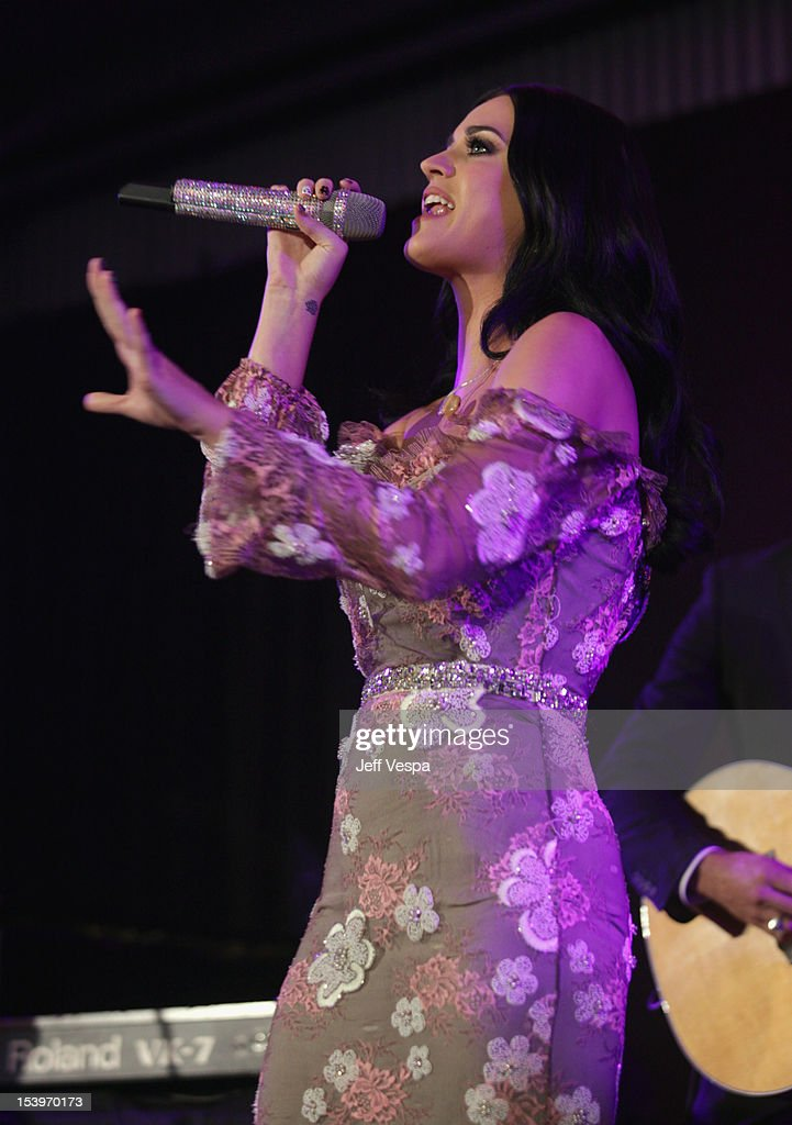 Singer <a gi-track='captionPersonalityLinkClicked' href=/galleries/search?phrase=Katy+Perry&family=editorial&specificpeople=599558 ng-click='$event.stopPropagation()'>Katy Perry</a> performs onstage at amfAR's Inspiration Gala at Milk Studios on October 11, 2012 in Los Angeles, California.