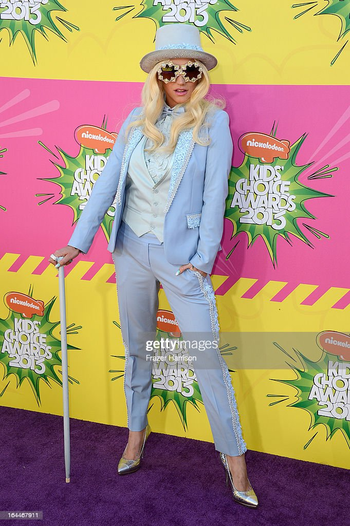 Singer <a gi-track='captionPersonalityLinkClicked' href=/galleries/search?phrase=Ke%24ha&family=editorial&specificpeople=6718222 ng-click='$event.stopPropagation()'>Ke$ha</a> arrives at Nickelodeon's 26th Annual Kids' Choice Awards at USC Galen Center on March 23, 2013 in Los Angeles, California.