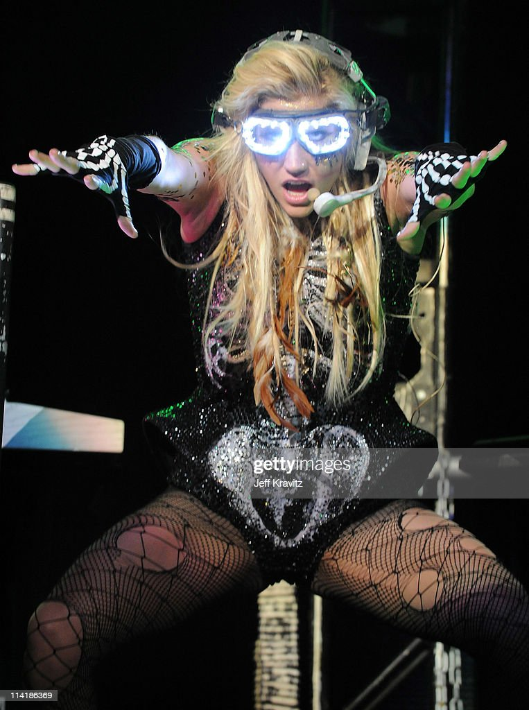 Singer <a gi-track='captionPersonalityLinkClicked' href=/galleries/search?phrase=Ke%24ha&family=editorial&specificpeople=6718222 ng-click='$event.stopPropagation()'>Ke$ha</a> performs at 102.7 KIIS FM's Wango Tango 2011 Concert at Staples Center on May 14, 2011 in Los Angeles, California.