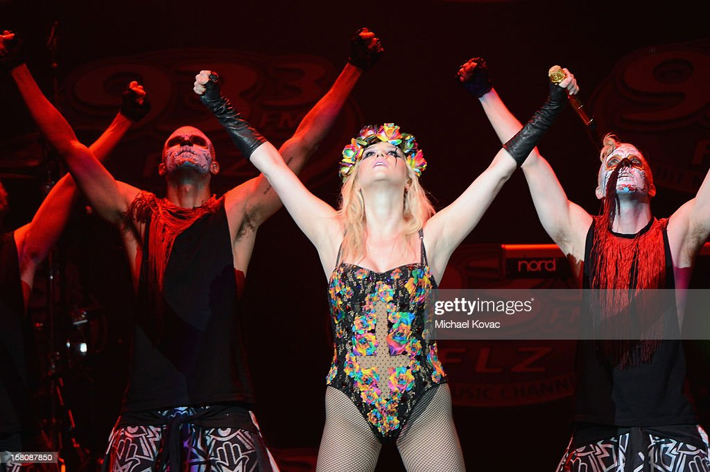 Singer <a gi-track='captionPersonalityLinkClicked' href=/galleries/search?phrase=Ke%24ha&family=editorial&specificpeople=6718222 ng-click='$event.stopPropagation()'>Ke$ha</a> performs onstage during 93.3 FLZ's Jingle Ball 2012 at Tampa Bay Times Forum on December 9, 2012 in Tampa, Florida.