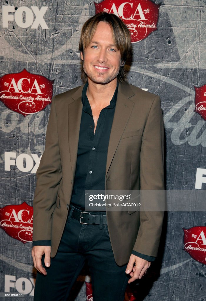 Singer Keith Urban arrives at the 2012 American Country Awards at the Mandalay Bay Events Center on December 10, 2012 in Las Vegas, Nevada.