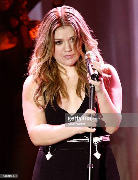 Singer Kelly Clarkson performs at the 2009 GRAMMY Salute To Industry Icons honoring Clive Davis at the Beverly Hilton Hotel on February 7 2009 in...