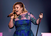 Singer Kelly Clarkson performs 'Heartbeat Song' onstage during the 2015 iHeartRadio Music Awards which broadcasted live on NBC from The Shrine...