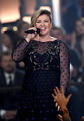 Singer Kelly Clarkson speaks onstage during the 50th Academy of Country Music Awards at ATT Stadium on April 19 2015 in Arlington Texas