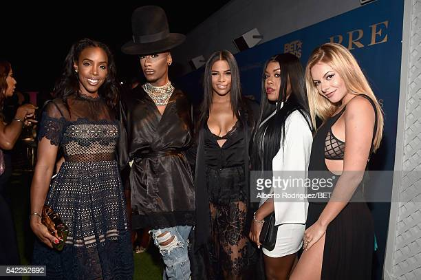 Singer Kelly Rowland and TV personalities Stephon Mendoza Eny Oh Kamie Crawford and Savannah Lynx attend Debra Lee's PRE kicking off the 2016 BET...
