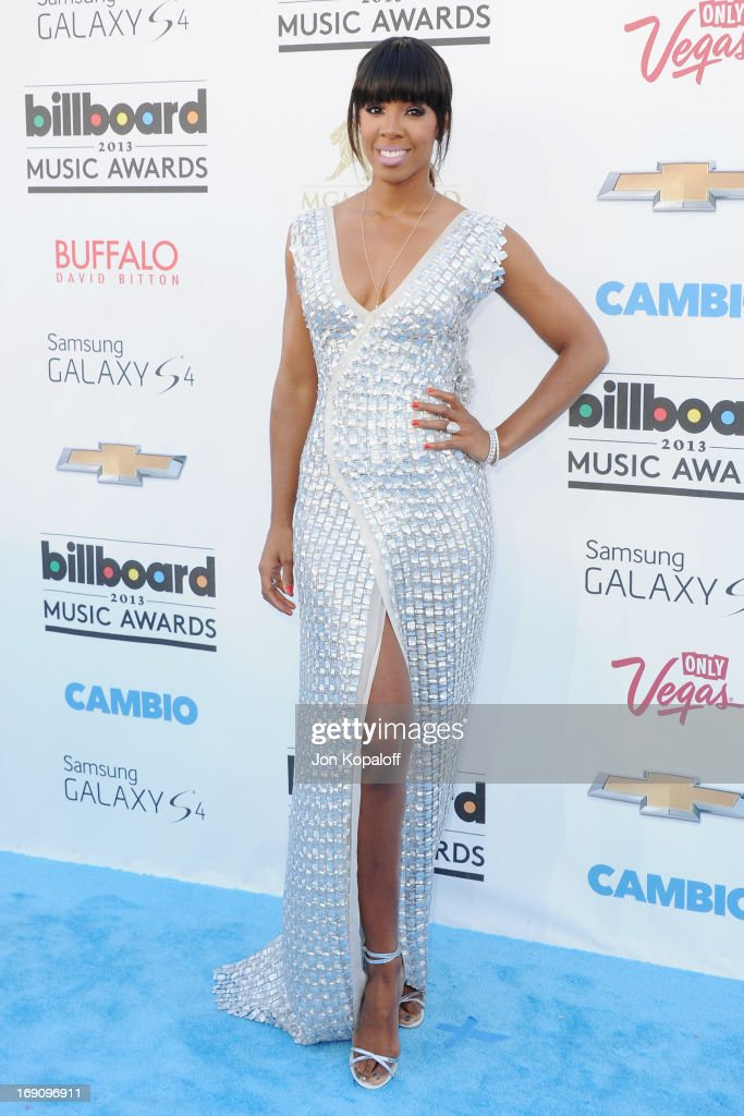 Singer Kelly Rowland arrives at the 2013 Billboard Music Awards at MGM Grand Hotel & Casino on May 19, 2013 in Las Vegas, Nevada.