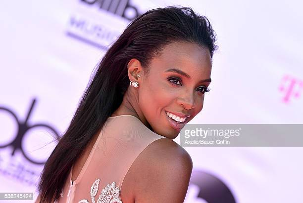 Singer Kelly Rowland arrives at the 2016 Billboard Music Awards at TMobile Arena on May 22 2016 in Las Vegas Nevada