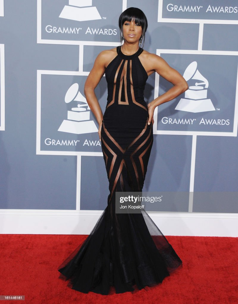 Singer <a gi-track='captionPersonalityLinkClicked' href=/galleries/search?phrase=Kelly+Rowland&family=editorial&specificpeople=201760 ng-click='$event.stopPropagation()'>Kelly Rowland</a> arrives at The 55th Annual GRAMMY Awards at Staples Center on February 10, 2013 in Los Angeles, California.