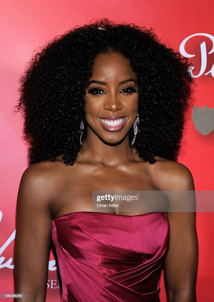 Singer Kelly Rowland arrives at the Keep Memory Alive foundation's 'Power of Love Gala' celebrating Muhammad Ali's 70th birthday at the MGM Grand Garden Arena February 18, 2012 in Las Vegas, Nevada. The event benefits the Cleveland Clinic Lou Ruvo Center for Brain Health and the Muhammad Ali Center.