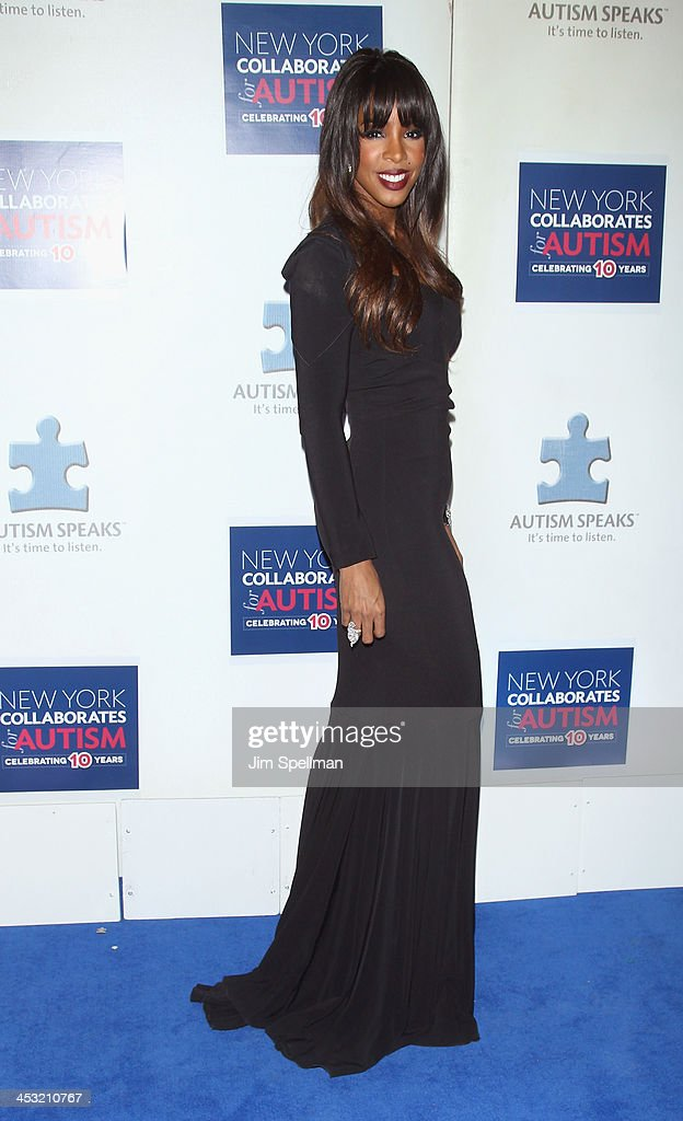 Singer Kelly Rowland attends the 2013 Winter Ball For Autism the at Metropolitan Museum of Art on December 2, 2013 in New York City.