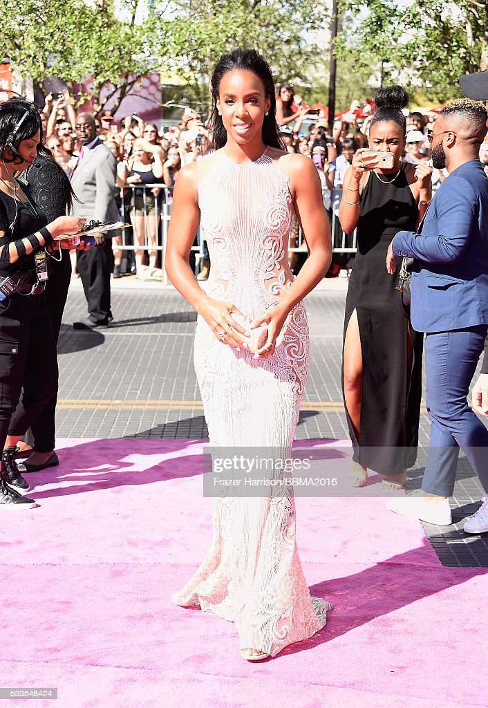 singer-kelly-rowland-attends-the-2016-billboard-music-awards-at-on-picture-id533548424