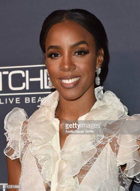 Singer Kelly Rowland attends the 2017 Baby2Baby Gala at 3LABS on November 11 2017 in Culver City California