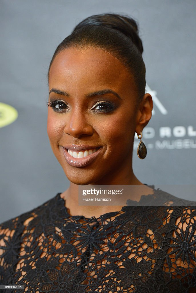 Singer <a gi-track='captionPersonalityLinkClicked' href=/galleries/search?phrase=Kelly+Rowland&family=editorial&specificpeople=201760 ng-click='$event.stopPropagation()'>Kelly Rowland</a> attends the 28th Annual Rock and Roll Hall of Fame Induction Ceremony at Nokia Theatre L.A. Live on April 18, 2013 in Los Angeles, California.