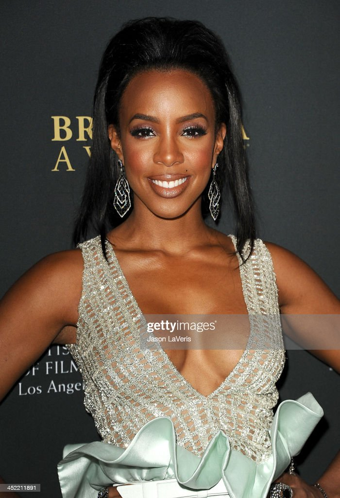 Singer <a gi-track='captionPersonalityLinkClicked' href=/galleries/search?phrase=Kelly+Rowland&family=editorial&specificpeople=201760 ng-click='$event.stopPropagation()'>Kelly Rowland</a> attends the BAFTA Los Angeles Britannia Awards at The Beverly Hilton Hotel on November 9, 2013 in Beverly Hills, California.