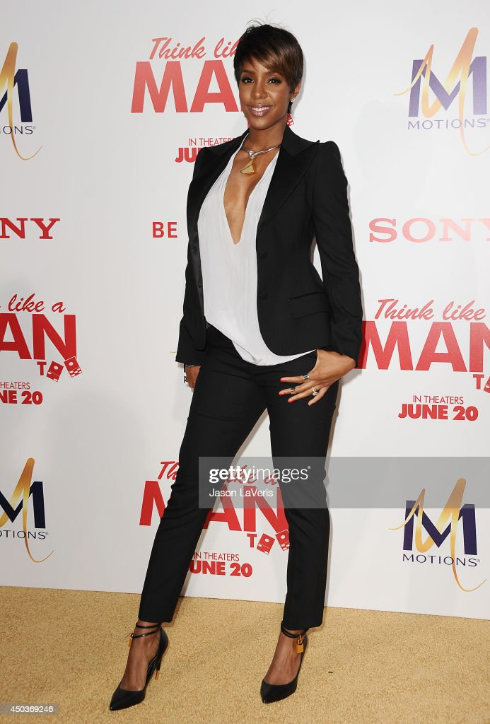 Singer Kelly Rowland attends the premiere of 'Think Like A Man Too' at TCL Chinese Theatre on June 9, 2014 in Hollywood, California.