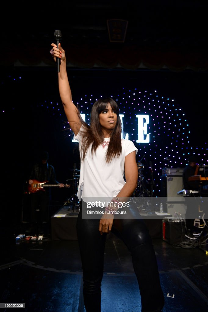 Singer Kelly Rowland performs onstage at the 4th Annual ELLE Women in Music Celebration at The Edison Ballroom on April 10, 2013 in New York City.