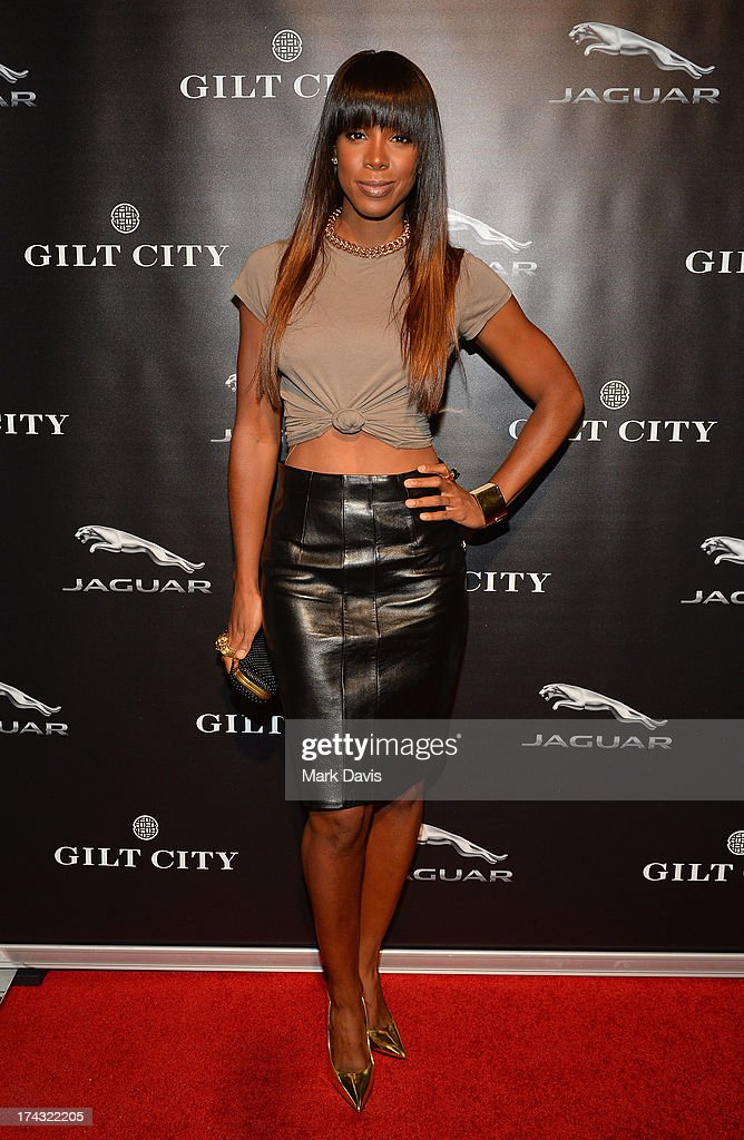 Singer <a gi-track='captionPersonalityLinkClicked' href=/galleries/search?phrase=Kelly+Rowland&family=editorial&specificpeople=201760 ng-click='$event.stopPropagation()'>Kelly Rowland</a> poses at the 'Jaguar and Gilt celebrate #MyTurnToJag' held at Siren Studios on July 23, 2013 in Hollywood, California.