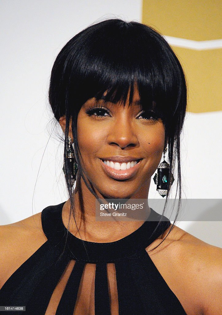 Singer <a gi-track='captionPersonalityLinkClicked' href=/galleries/search?phrase=Kelly+Rowland&family=editorial&specificpeople=201760 ng-click='$event.stopPropagation()'>Kelly Rowland</a> poses in the press room during the 55th Annual GRAMMY Awards at STAPLES Center on February 10, 2013 in Los Angeles, California.