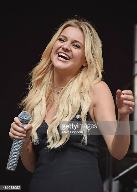 Singer Kelsea Ballerini performs during 'FOX Friends' All American Concert Series outside of FOX Studios on July 17 2015 in New York City