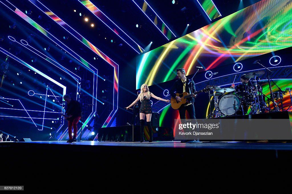 Singer <a gi-track='captionPersonalityLinkClicked' href=/galleries/search?phrase=Kelsea+Ballerini&family=editorial&specificpeople=12614491 ng-click='$event.stopPropagation()'>Kelsea Ballerini</a> performs onstage during the 2016 American Country Countdown Awards at The Forum on May 1, 2016 in Inglewood, California.