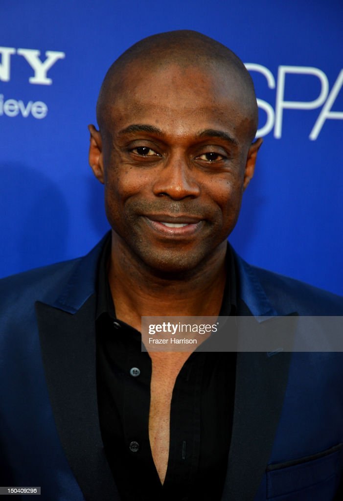 Singer KEM arrives at TriStar Pictures' 'Sparkle' premiere at Grauman's Chinese Theatre on August 16 2012 in Hollywood California
