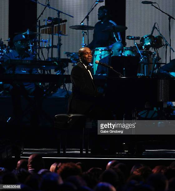 Singer Kem performs onstage during the 2014 Soul Train Music Awards at the Orleans Areana on November 7 2014 in Las Vegas Nevada