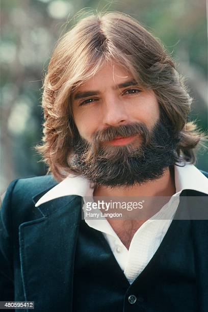Singer Kenny Loggins poses for a portrait in 1977 in Los Angeles California