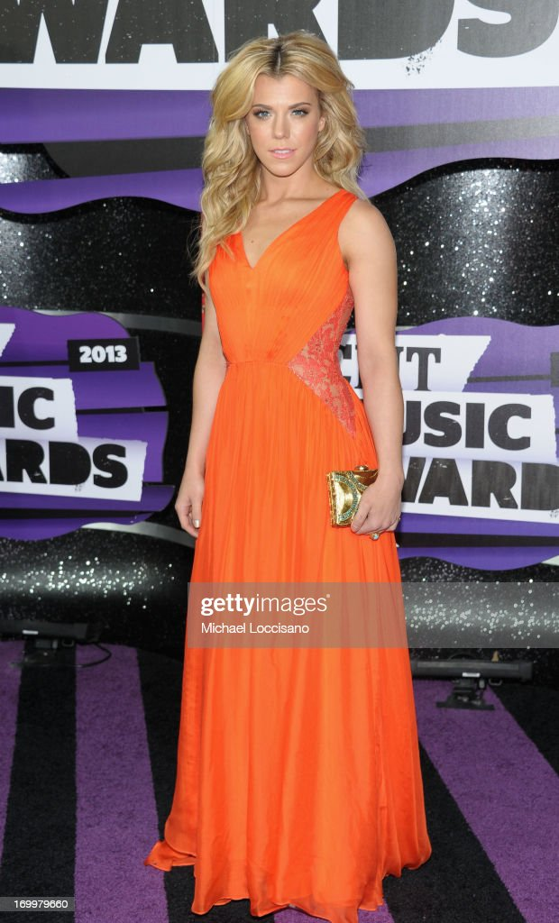 Singer Kimberly Perry attends the 2013 CMT Music awards at the Bridgestone Arena on June 5, 2013 in Nashville, Tennessee.