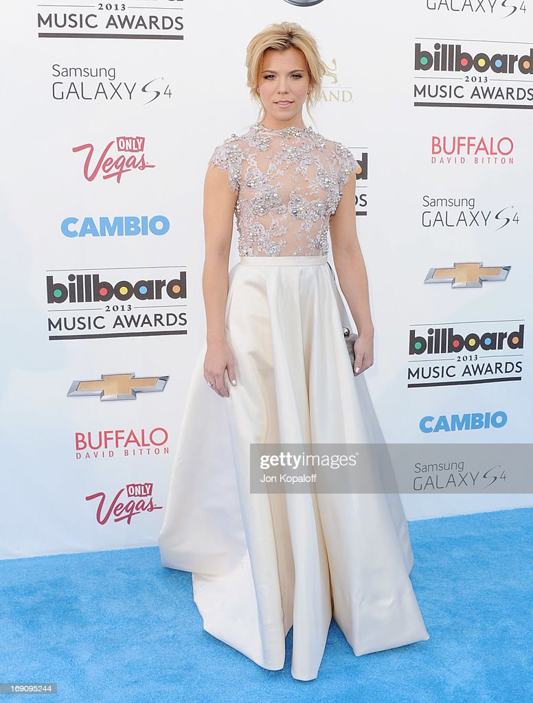 Singer Kimberly Perry of The Band Perry arrives at the 2013 Billboard Music Awards at MGM Grand Hotel & Casino on May 19, 2013 in Las Vegas, Nevada.