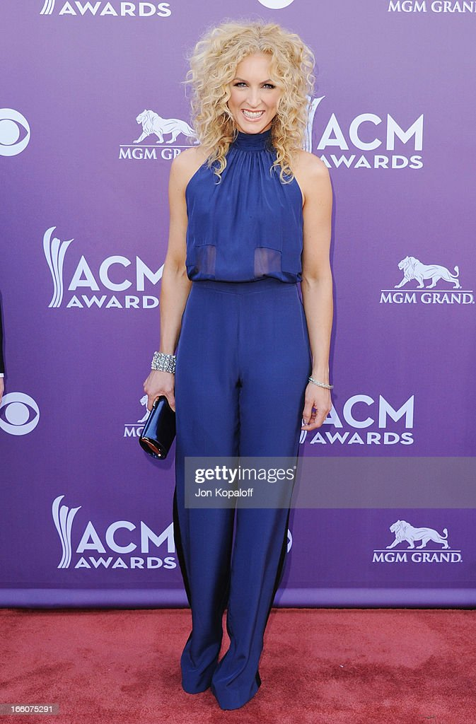 Singer Kimberly Schlapman Little Big Town arrives at the 48th Annual Academy Of Country Music Awards at MGM Grand Garden Arena on April 7, 2013 in Las Vegas, Nevada.
