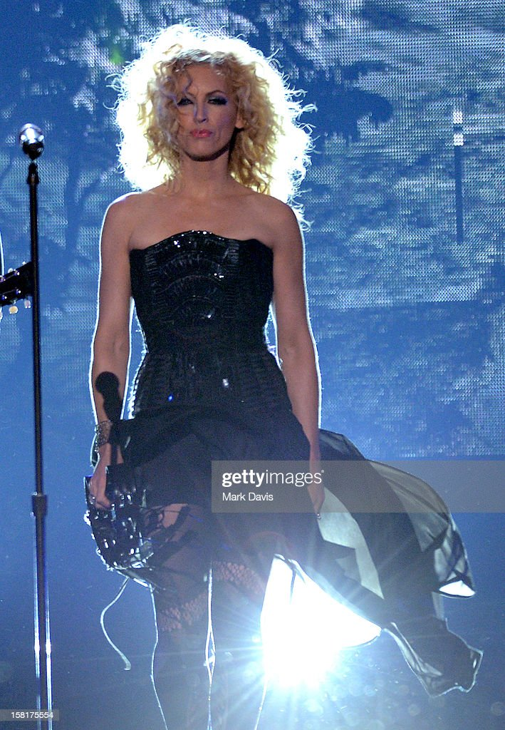 Singer Kimberly Schlapman of Little Big Town performs onstage during the 2012 American Country Awards at the Mandalay Bay Events Center on December 10, 2012 in Las Vegas, Nevada.