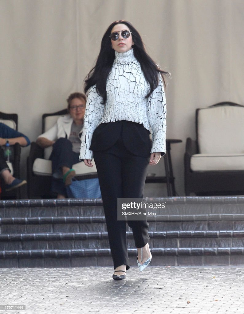 Singer <a gi-track='captionPersonalityLinkClicked' href=/galleries/search?phrase=Lady+Gaga&family=editorial&specificpeople=4456754 ng-click='$event.stopPropagation()'>Lady Gaga</a> is seen on August 17, 2013 in Los Angeles, California.