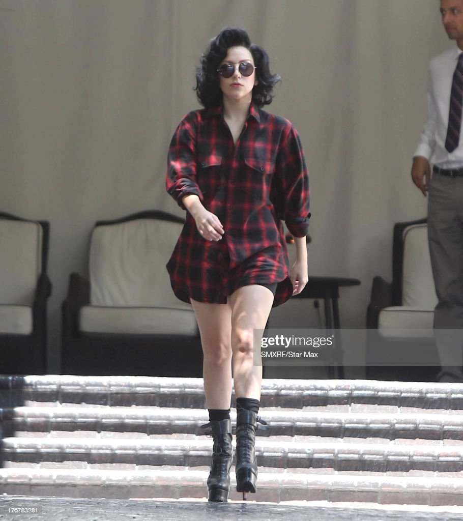 Singer <a gi-track='captionPersonalityLinkClicked' href=/galleries/search?phrase=Lady+Gaga&family=editorial&specificpeople=4456754 ng-click='$event.stopPropagation()'>Lady Gaga</a> is seen on August 18, 2013 in Los Angeles, California.
