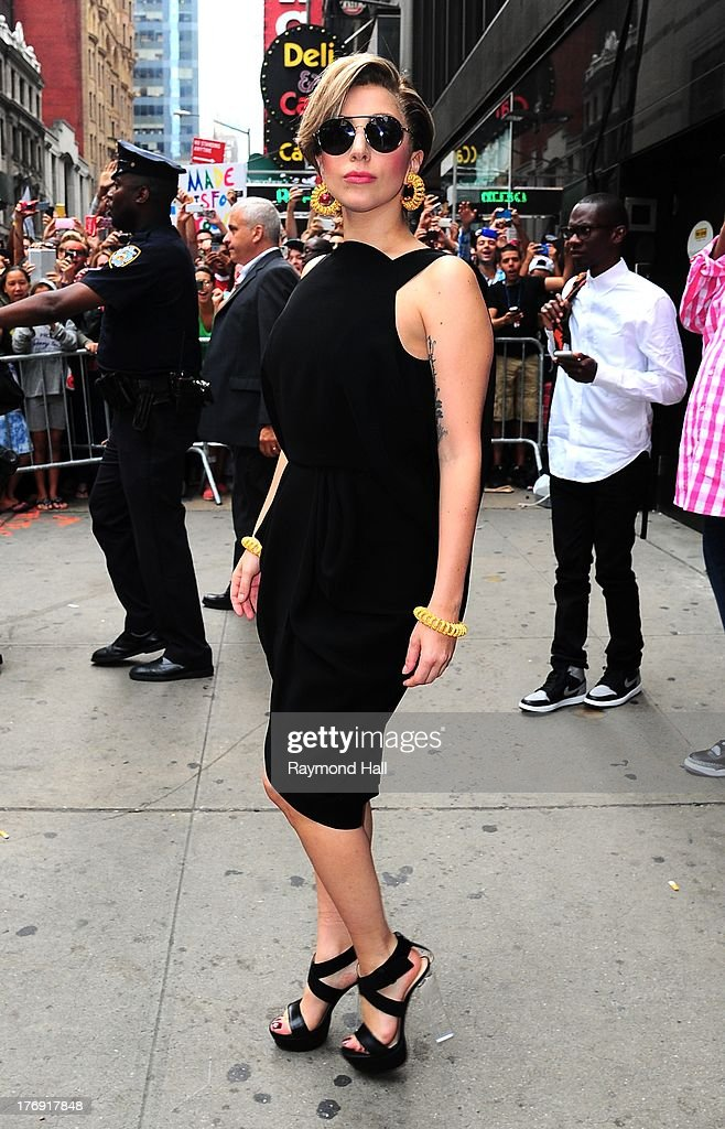 Singer <a gi-track='captionPersonalityLinkClicked' href=/galleries/search?phrase=Lady+Gaga&family=editorial&specificpeople=4456754 ng-click='$event.stopPropagation()'>Lady Gaga</a> is seen outside 'Good morning America' on August 19, 2013 in New York City.