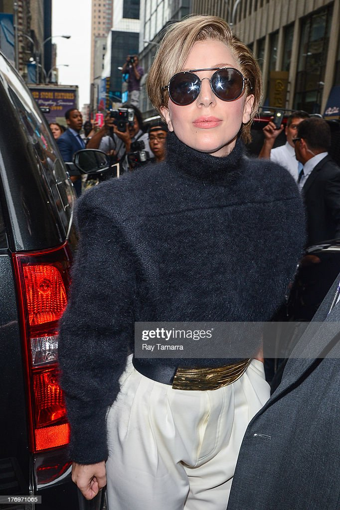 Singer <a gi-track='captionPersonalityLinkClicked' href=/galleries/search?phrase=Lady+Gaga&family=editorial&specificpeople=4456754 ng-click='$event.stopPropagation()'>Lady Gaga</a> leaves the Sirius XM Studios on August 19, 2013 in New York City.