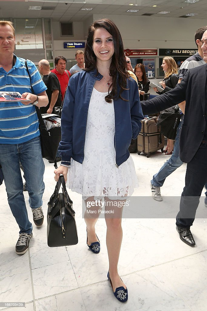Singer <a gi-track='captionPersonalityLinkClicked' href=/galleries/search?phrase=Lana+Del+Rey&family=editorial&specificpeople=8565478 ng-click='$event.stopPropagation()'>Lana Del Rey</a> arrives at Nice airport on May 14, 2013 in Nice, France.