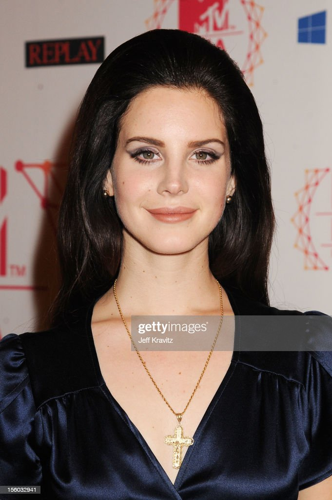Singer <a gi-track='captionPersonalityLinkClicked' href=/galleries/search?phrase=Lana+Del+Rey&family=editorial&specificpeople=8565478 ng-click='$event.stopPropagation()'>Lana Del Rey</a> attends the MTV EMA's 2012 at Festhalle Frankfurt on November 11, 2012 in Frankfurt am Main, Germany.