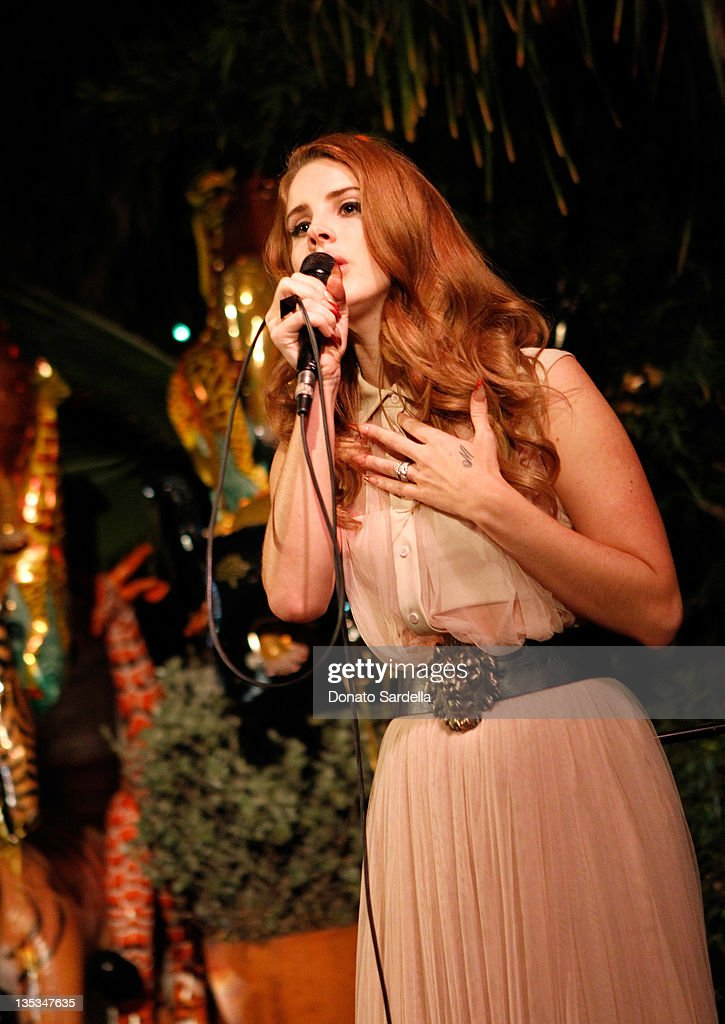 Singer Lana Del Rey performs during the Mulberry SS12 Dinner at Chateau Marmont on December 8 2011 in Los Angeles California