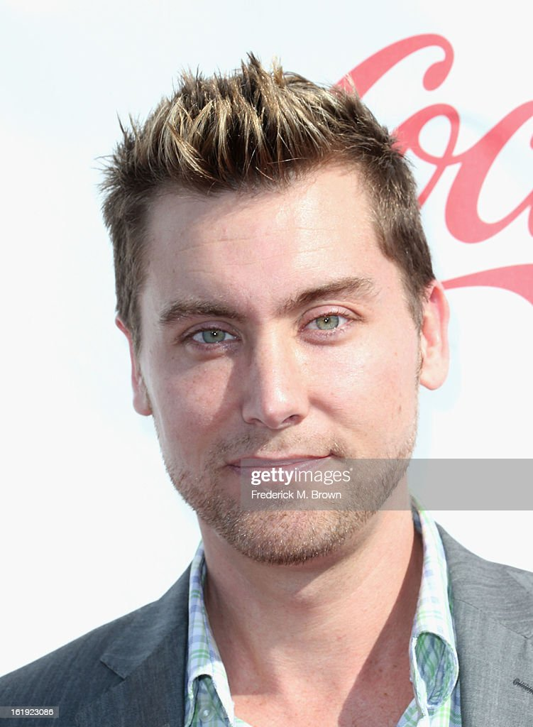 Singer <a gi-track='captionPersonalityLinkClicked' href=/galleries/search?phrase=Lance+Bass&family=editorial&specificpeople=210566 ng-click='$event.stopPropagation()'>Lance Bass</a> attends the 3rd Annual Streamy Awards at Hollywood Palladium on February 17, 2013 in Hollywood, California.
