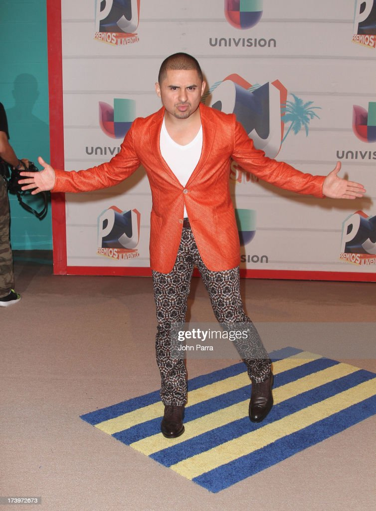 Singer Larry Hernandez attends the Premios Juventud 2013 at Bank United Center on July 18, 2013 in Miami, Florida.
