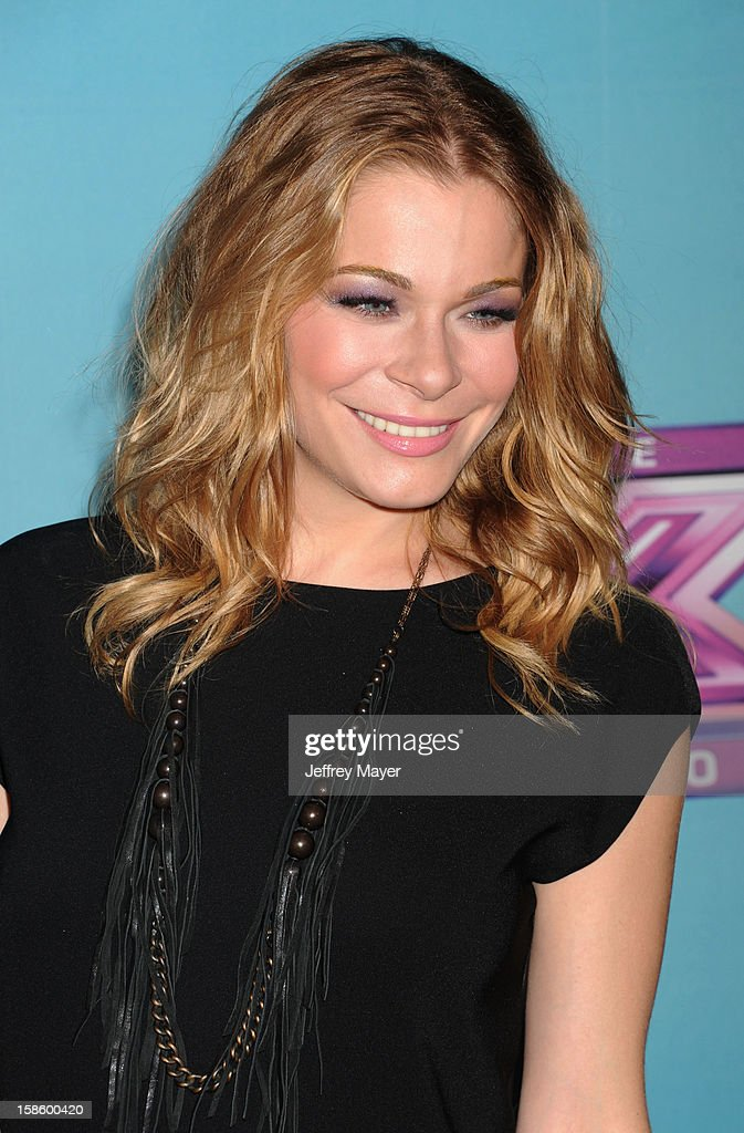 Singer LeAnn Rimes arrives at Fox's 'The X Factor' Season Finale Night 1 at CBS Television City at CBS Studios on December 19, 2012 in Los Angeles, California.
