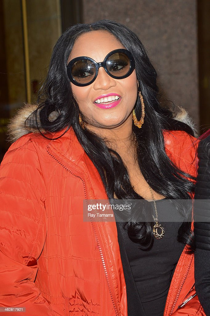 Singer Leanne 'Lelee' Lyons, of SWV, enters the Sirius XM Studios on January 15, 2014 in New York City.